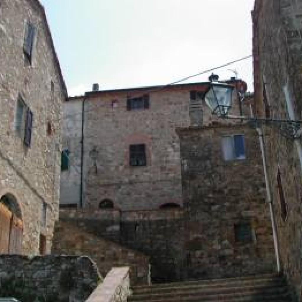 la-leccia-scalinata